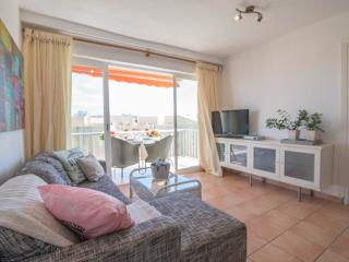 Lovely apartment at 200m from the beach perfect for couples!