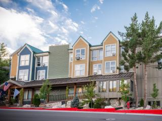 The Lift Lodge Park City 2BR Condo steps to Lifts!