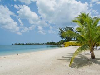 Gardens of the Kai #9, Grand Cayman