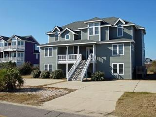 Pebble Beach Amazing Sleeps 24,Water Slide, Hot Tb, Corolla