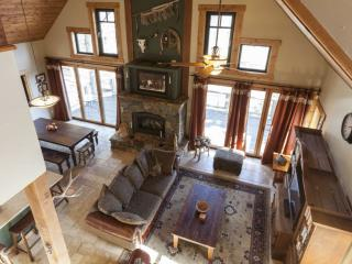 Tahoe Donner - Near all amenities/Relaxing Home, Truckee