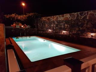 Your perfect country holiday home! Heated pool!, La Vegueta