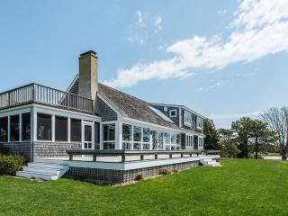 AKINC - Farm Neck Waterfront Home, Spectacular Views across Sengekontacket Lagoon,  Short Walk to Association Lagoon Beach area for Kayaking.  One mile to State Beach, Bike paths at entance to Rd run the Full lenght of Beach Rd., Oak Bluffs