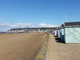 Enjoy this sun! 20% off nightly rates, was 99.00 now 79.00 + 5% Weekly in May, Weston-super-Mare
