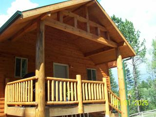 Gorgeous, Fully Loaded, Cottage in The Pines