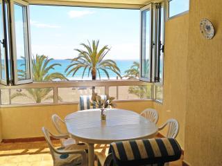 Playa de Sant Joan Alicante 1a linea. 6 personas. WIFI