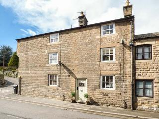 PROGRESS COTTAGE, Grade II listed, woodburner, private patio, in Bakewell, Ref 9