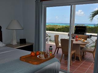 Paradise Villas (1 Bd) #3, Providenciales