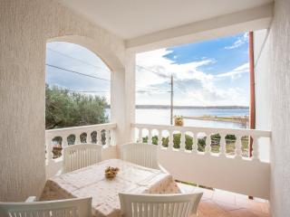 TH02817 Apartments Marijana / Two bedrooms A1, Rab Island