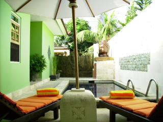 Lemongrass Villa -White sand ,clean beaches- Relax, Nusa Dua
