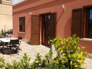San Vito Lo Capo - AlBasyta_casa vacanze 'Erice'
