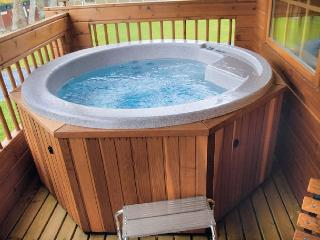 Private Hot Tub for guests of Sunset Lodge only