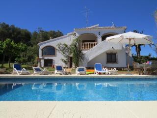 Traditional 5 Bedroomed 3 Bathroom Spanish Villa, Javea