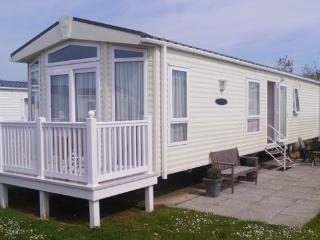 Church Farm Holiday Home Abi, Pagham