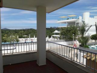 Comfortable apartment with Wi-Fi, Air Cond, TV, Cala Ferrera