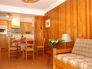Apt. with balcony, 3* - 2nd floor, Lanslebourg Mont Cenis