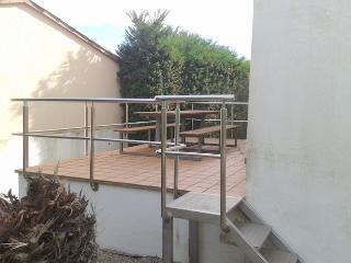 Grand villa 6/8pax avec bel jardin près  plage