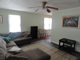 $70 Nice House 3 miles to Historic Tryon Palace, New Bern