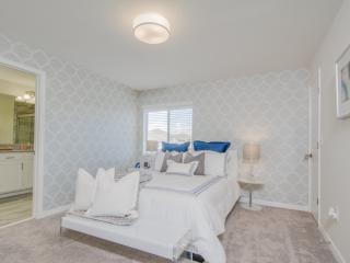 Luxury 5 Bedrooms villa at Storey Lake
