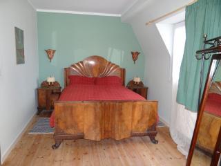 Dasos Kynthos Guest House