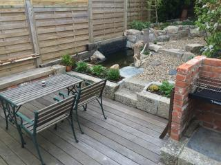Private, sunny garden with BBQ