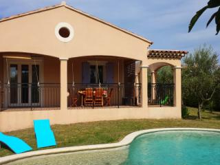 Villa avec piscine en Provence proche d'Avignon, Althen-des-Paluds