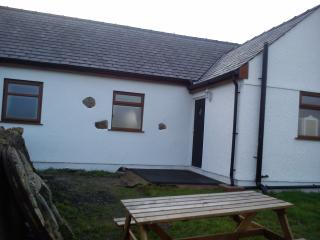 Dairy Cottage.   Felin Farm, Anglesey