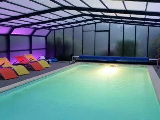 Villa charme, piscine couverte, spa & sauna SARLAT