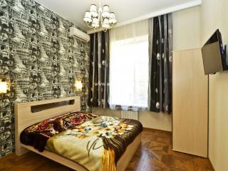 Apartment in Saint-Petersburg #3084, Kiev