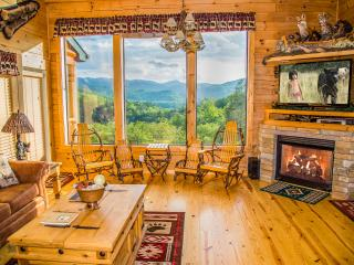 Private Luxury Log Home Amazing Mtn Views Hot Tub, Gatlinburg