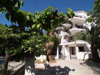 Areti Apartments  Poros ,Cephalonia