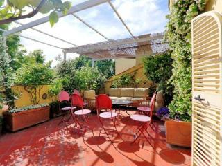 Ara Pacis 2 BDR Penthouse with fantastic view, Rome