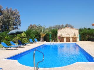 BEACH FRONT Luxury Villa,  Exceptional Gardens