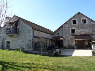 Maison Haute Côte de Beaune, Montceau-et-Echarnant