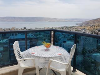 Holiday home with views of the sea of Galilee, Tiberias