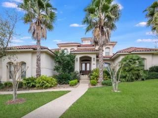 Beautiful 5BR House DonaAnaCove, TX