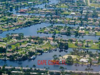 SW Cape Coral Luxury Waterfront Pool Home