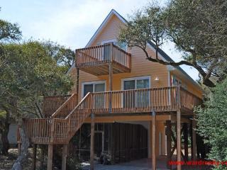 Last's Caye Beach House, Surf City