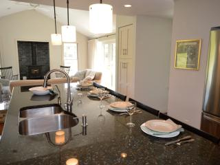 Recently Remodeled 4 Bed Near Nauset Beach
