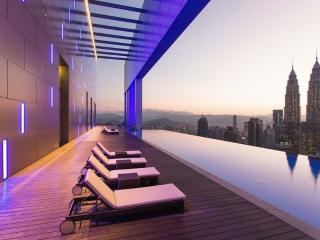 PROMO! NEW RoofTop Pool Luxury Stay @ KLCC