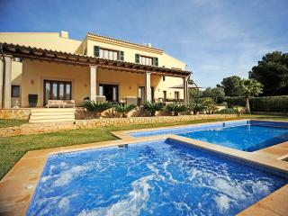 LUXURY VILLA WITH GYM AND SAUNA, Santa Ponsa