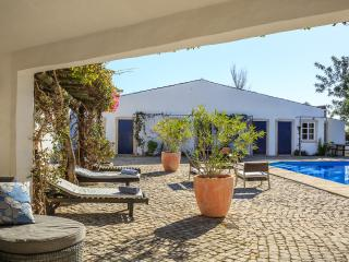 200 year old quinta newly renovated pool villa, 3 bedroom with pool