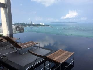 1 Bedroom Sea view in Pattaya near Beach & Walking