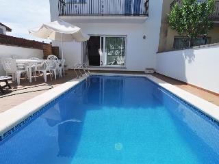 Villa très confortable 8/10p, piscine privèe, L'Escala