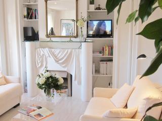 Appartement de Charme: Paris rue Poncelet