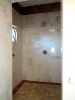 Miramar shower room
