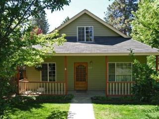 Fresno West Side Beauty! Walk to Downtown!, Oretech