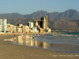 Real South African living, Strand