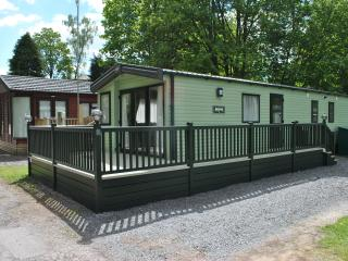 FABULOUS SIX BERTH LUXURY CARAVAN AT WINDERMERE, Windermere