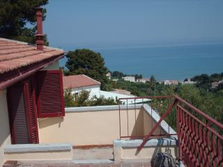 Gargano large penthouse in Villa Matassa 4-6 beds